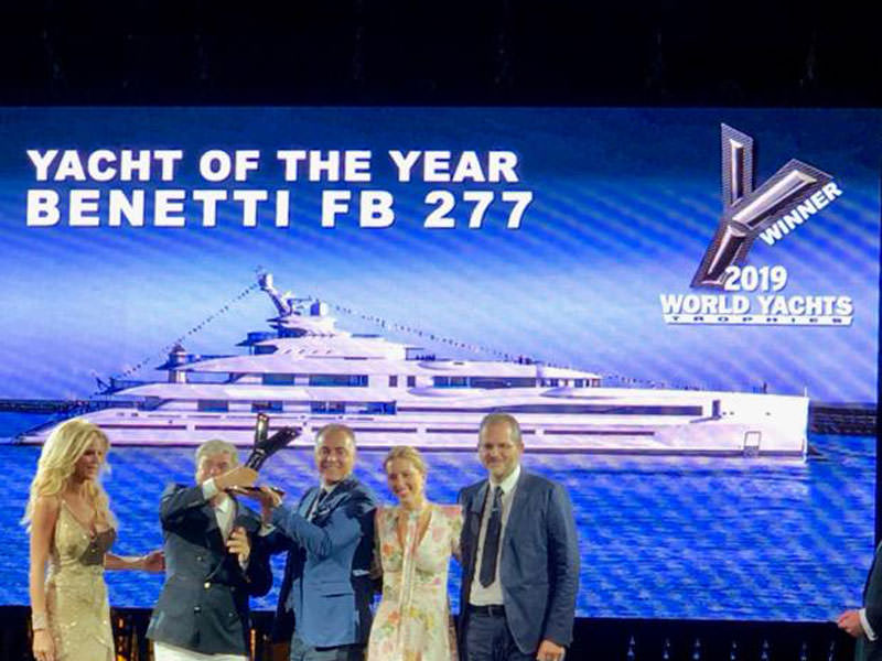 FIVE IMPORTANT AWARD FROM WORLD YACHTS TROPHIES